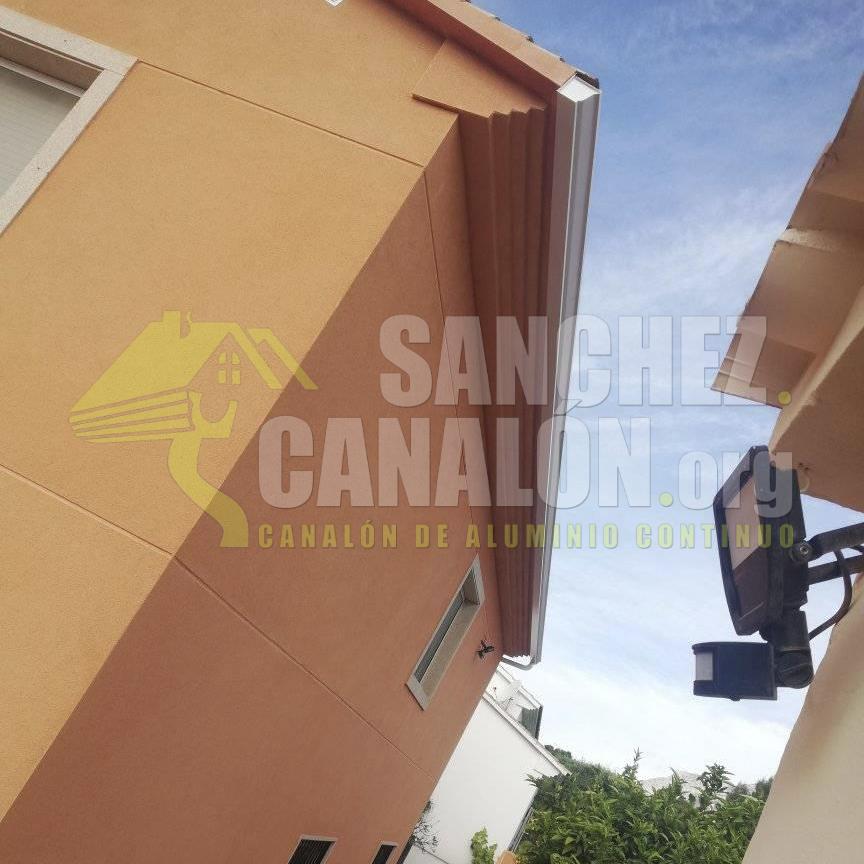 instalacion de canalon continuo de aluminio de canalones sanchez 33